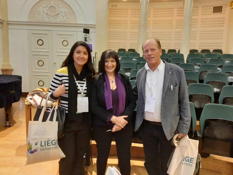 Photo avec Muriel Salmona et Gérald Brassine au 1er Congrès de la Chaire Internationale Mukwege